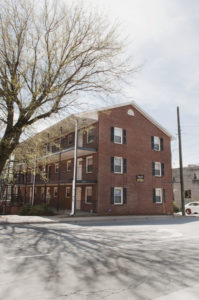 King College Apts 595 Ea Per Month 2 People